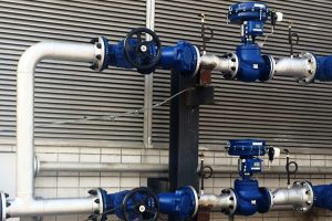 Selection of pressure piping materials and piping equipment